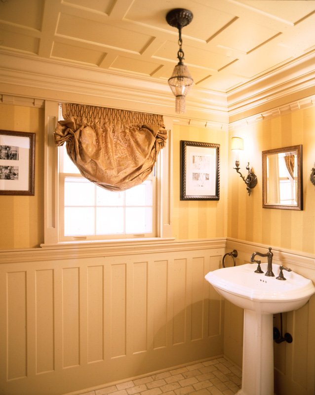 Recessed panel wainscoting wainscot solutions inc for Wainscoting bathroom ideas